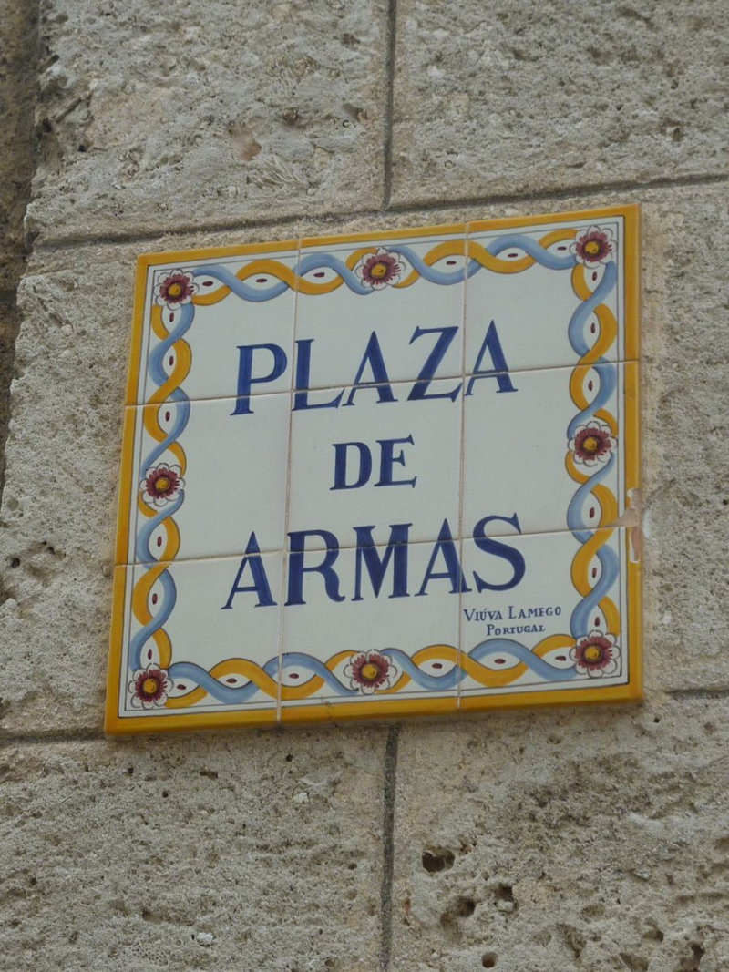 Plaza de Armas sign