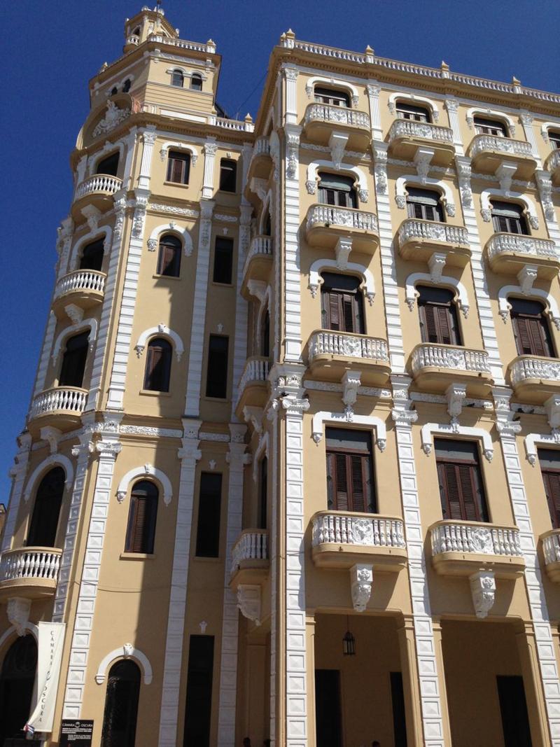 Gomez Vila Building